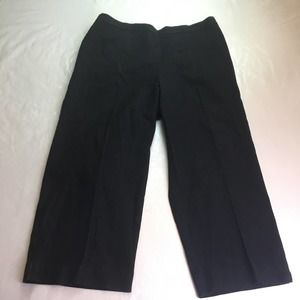 Alfred Dunner Classic Fit Capris Black 10